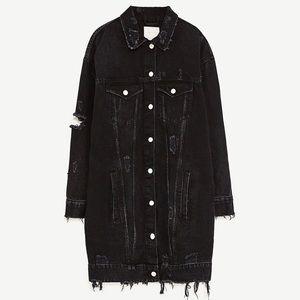 Zara Oversized Long Distressed Denim Jacket Black